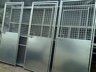 dog run panels hp